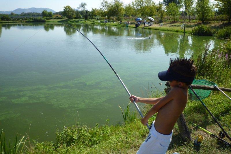 Russo di gioco pesca in 3.6 lago labynkyr